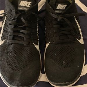 Nike 4.0 fly knit shoes